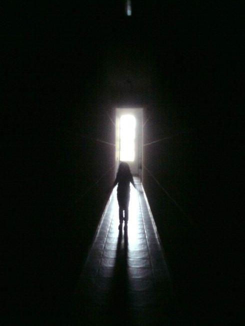 dark_hallway_kid_by_astiam300-d4aq3d6